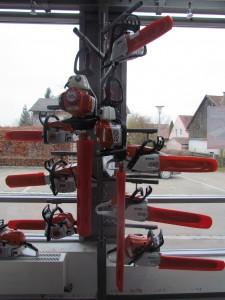 Sägen und Heckenschere Benzin Stihl